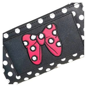 NWT Disney Parks 2020 Minnie Mouse Wallet